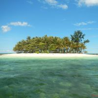 25 Exciting Island Hopping Adventures to Do This Summer